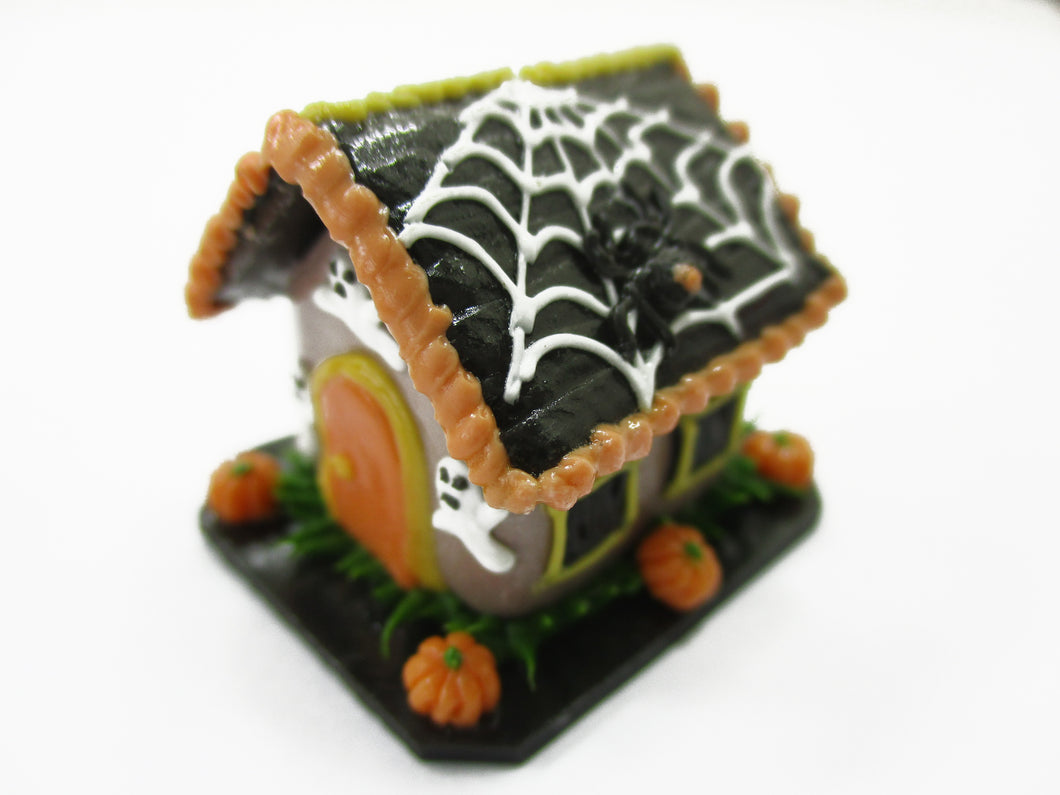 Dollhouse Miniature Halloween Gingerbread House Spider Web Holiday 15439