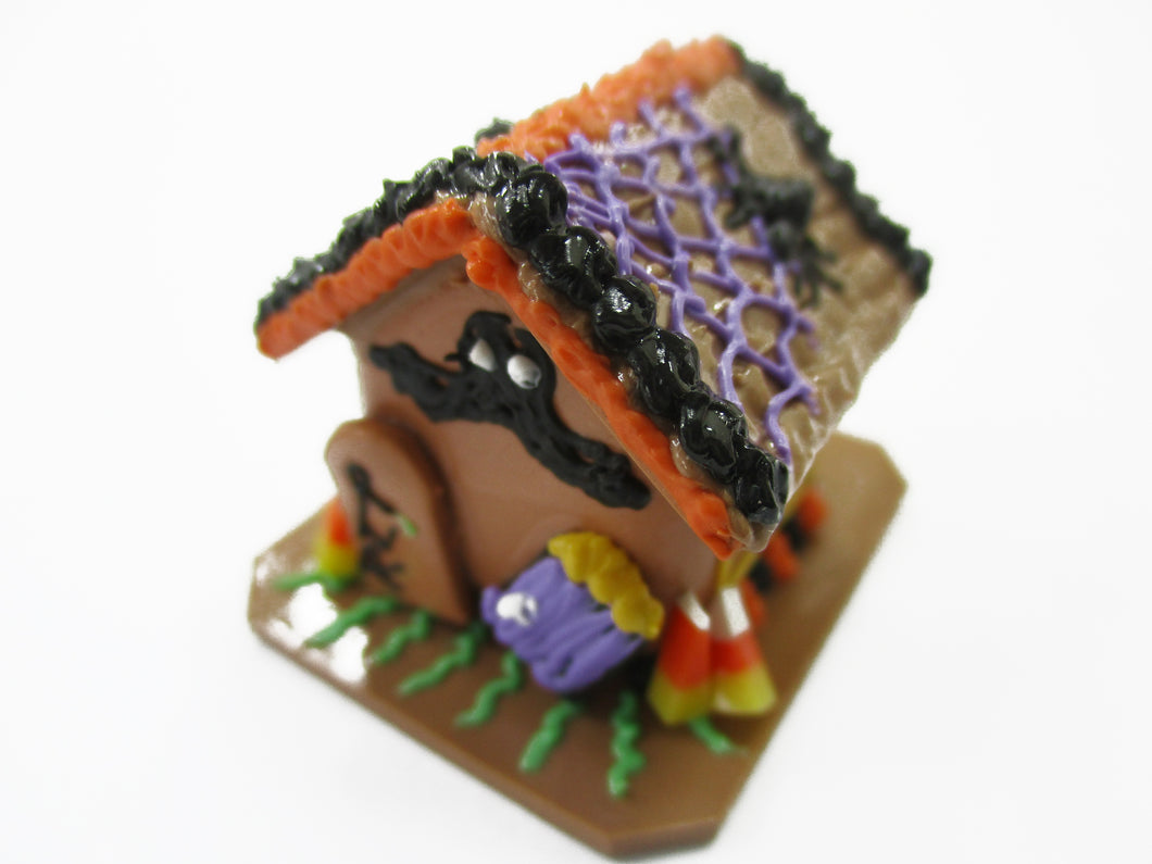Dollhouse Miniature Halloween Gingerbread House Spider Web Holiday 15442