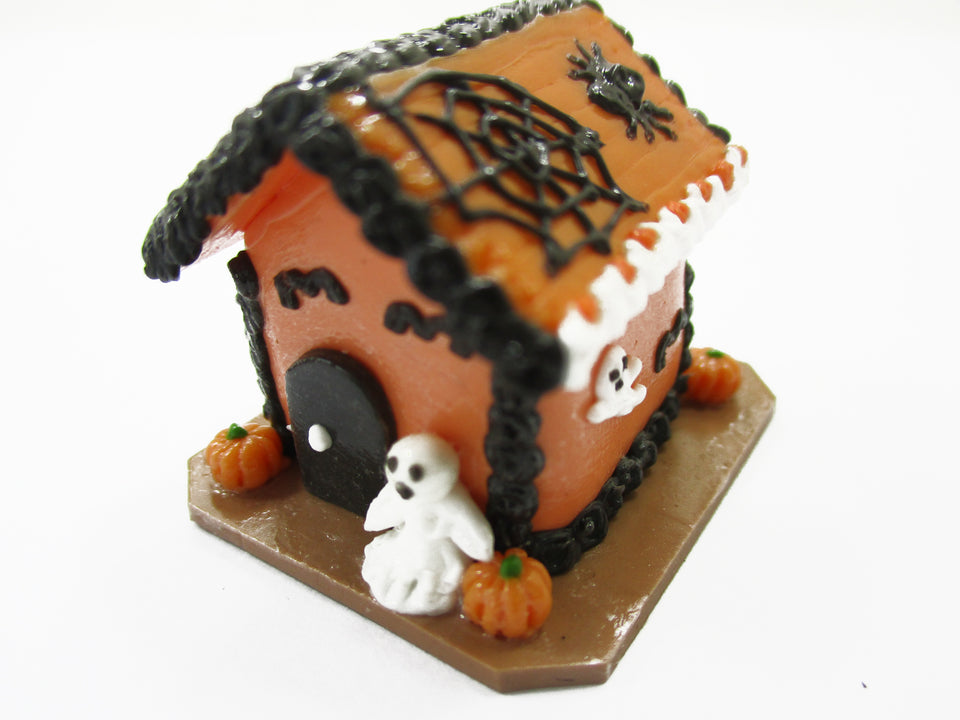 Dollhouse Miniature Halloween Gingerbread House Spider Web Holiday 15445