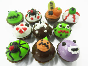 Dollhouse Miniature Food Halloween Seasonal Mixed 10 Cupcake Bakery Supply 15448