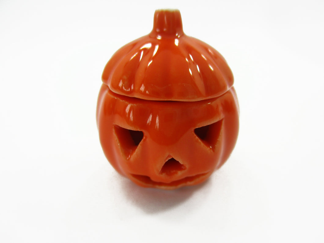 Dollhouse Miniature Ceramic Halloween Pumpkin Carved Jack-O-Lantern Supply 15454