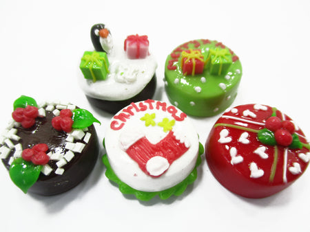 Dollhouse Miniature Food 5 Mini Christmas Cake 1.5 cm Seasonal Bakery 15487