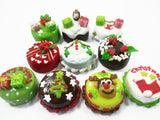 Dollhouse Miniature Food 10 Mini Christmas Cake 1.5 cm Seasonal Holiday 15489