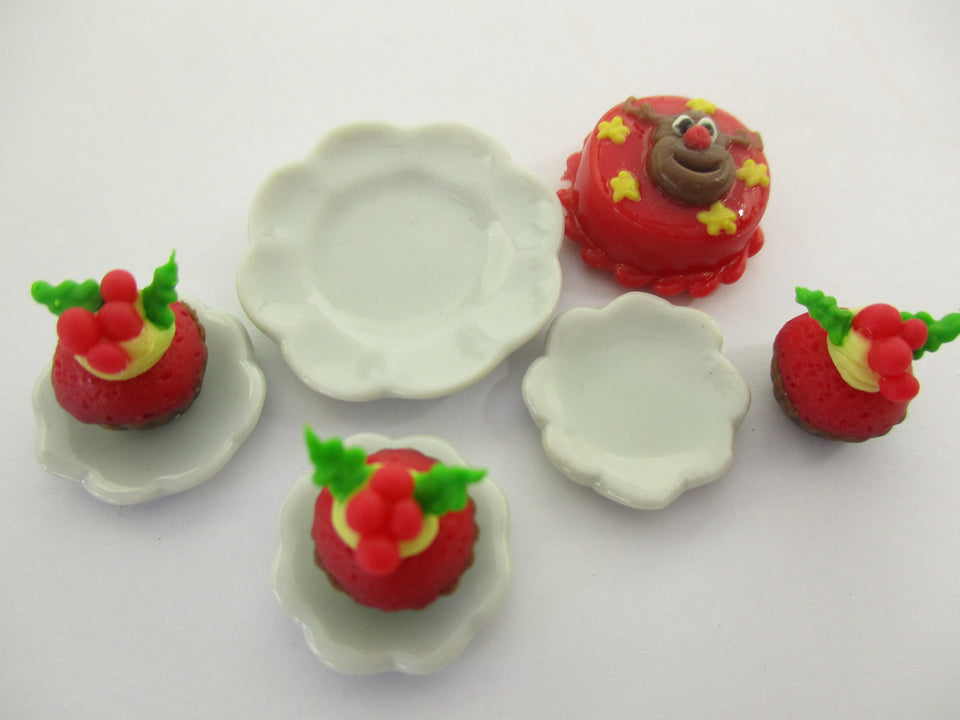 Dollhouse Miniature Food Christmas 1.5 cm Mini Cake Cupcake Ceramic Plate 15503