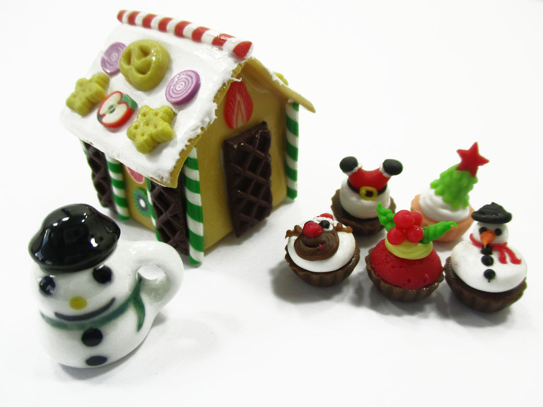 Dollhouse Miniature Food Gingerbread House Christmas Cupcake Snowman Sweet 15508