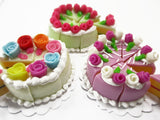 Dollhouse Miniature Food 24 Cuts Cake Mixed Color Rose Flower Topping 15578