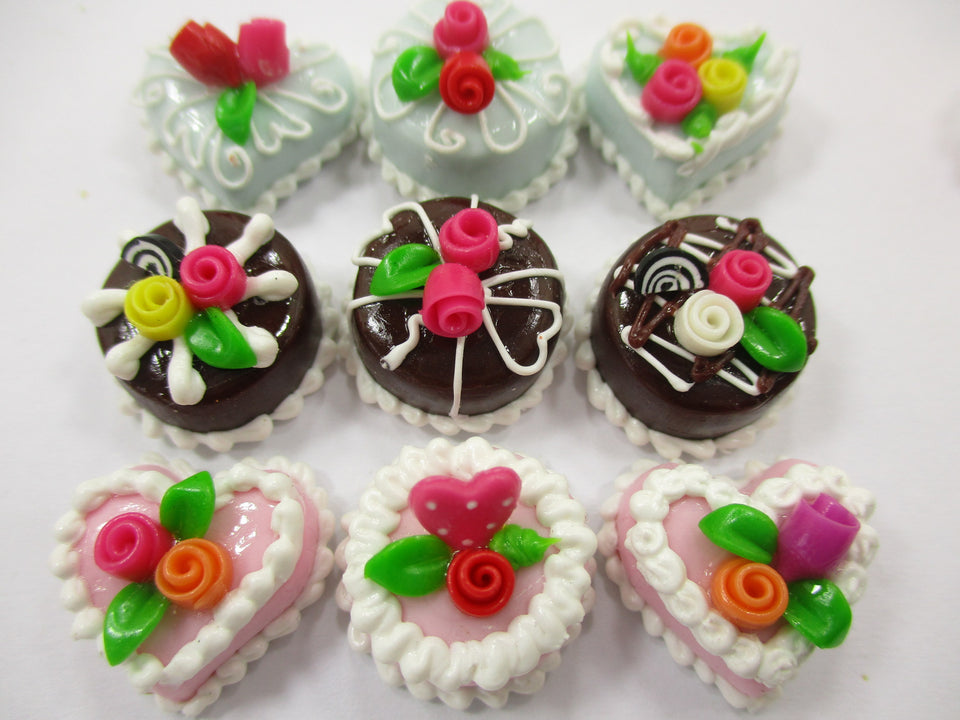 Dollhouse Miniatures Food Cakes 9 Chocolate Rose Flower Cake 1.5 cm Supply 15611