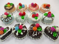 Dollhouse Miniatures Food Cakes 12 Mixed Color Mini Flower Cake 1.5 cm 15633