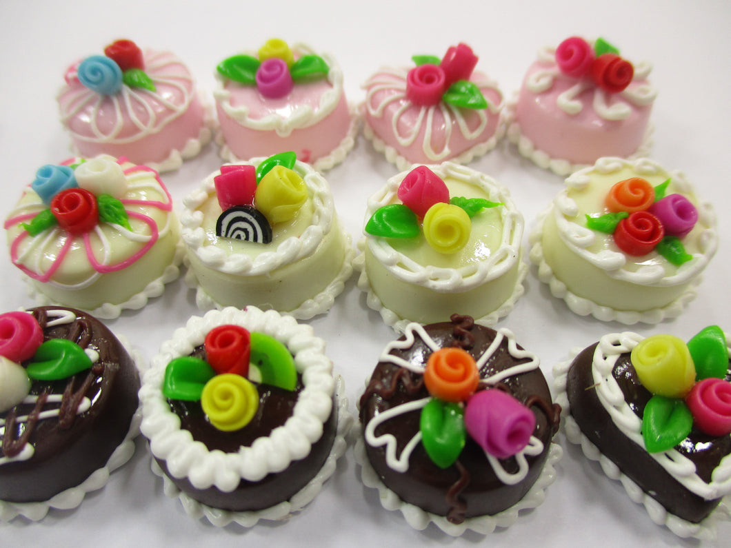 Dollhouse Miniature Food Cakes 12 Assorted Mixed Color Rose Cake 1.5 cm 15636