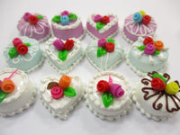 Dollhouse Miniatures Food Cakes 12 Mixed Color Mini Flower Cake 1.5 cm 15637
