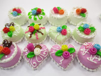 Dollhouse Miniature Food Cake 12 Assorted Mixed Color Flower Cake 1.5 cm 15638