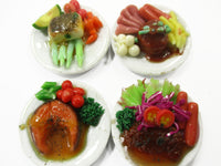 Dollhouse Miniature food 4 Ceramic Plates Mixed Steak Food 2.5 cm Food 15686