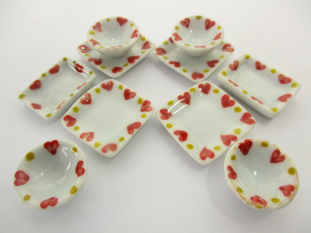 Dollhouse Miniature Ceramic Set 10 Pcs Heart Painted Mixed Kitchen Plate 15694