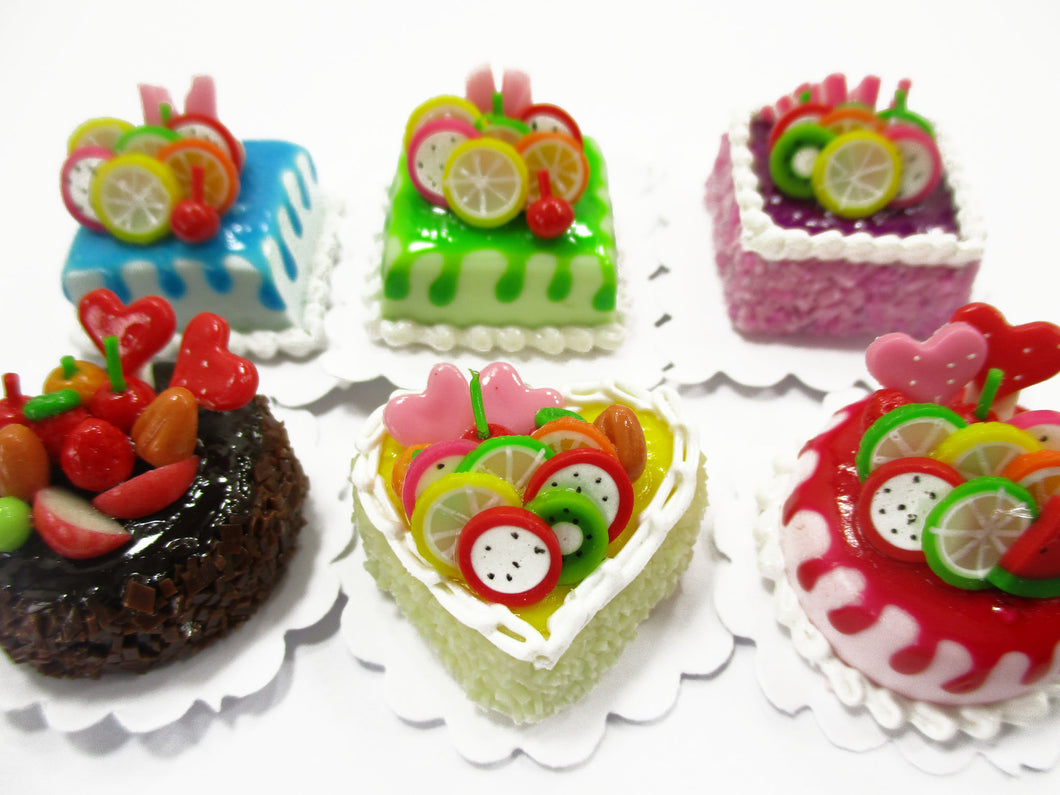 Dollhouse Miniatures Food 2 cm 6 Mixed Color Fruit Cake Doll Food Bakery 15706