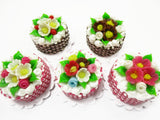Dollhouse Miniature Food NEW Candy Canes 5 Mixed Flower Cake 2 cm Bakery 15733