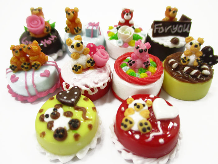 Dollhouse Miniature Food 1.5 cm 10 Mixed Tiny Bear Color Cake Dolls Bakery 15736
