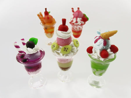 Dollhouse Miniature Food 5 Ice Cream Beverage Dollhouse Food Accessories 15737