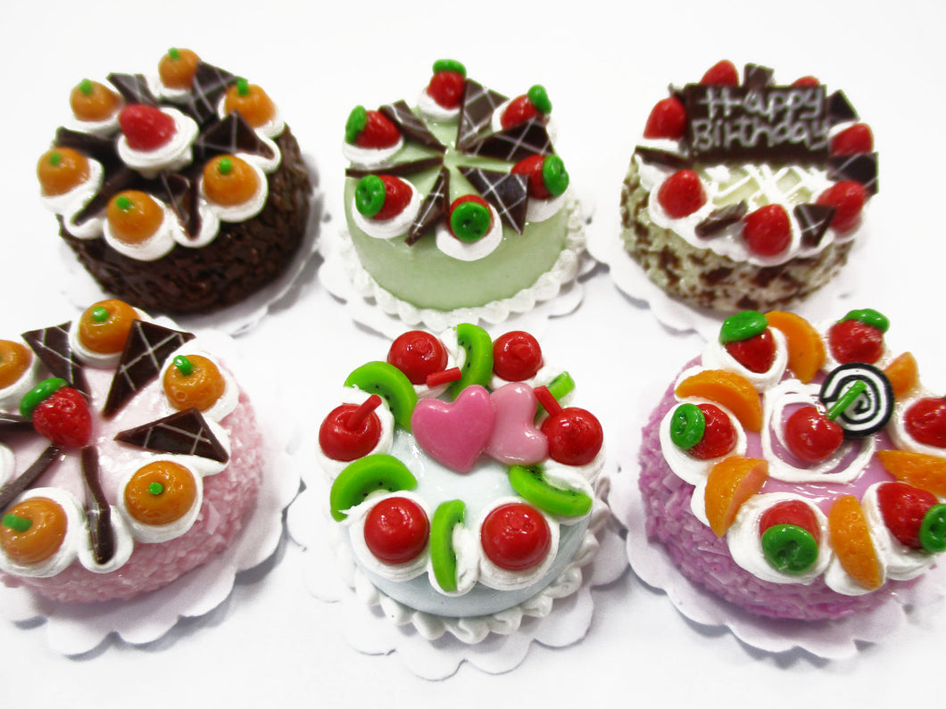Dollhouse Miniatures Food 2 cm 6 Mixed Color Fruit Cake Tiny Doll Bakery 15770