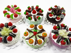 Dollhouse Miniatures Food 2 cm 6 Mixed Color Fruit Cake Bakery Supply 15771