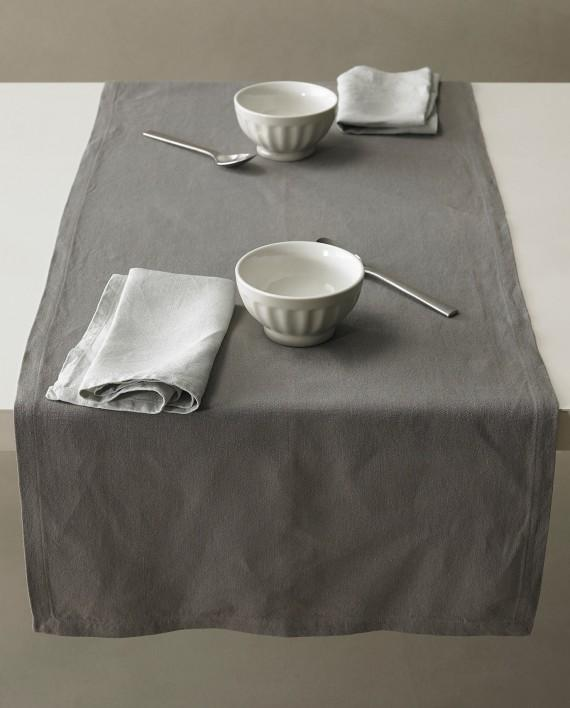Bon Table Runner