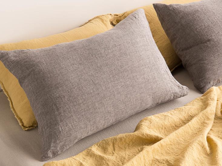 Basix Standard Pillowcase