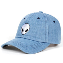 Load image into Gallery viewer, Alien Hat