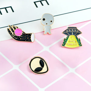 4pcs/set UFO Spaceship Space Pin set