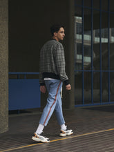 Load image into Gallery viewer, Cropped Denim Jogger - Blue
