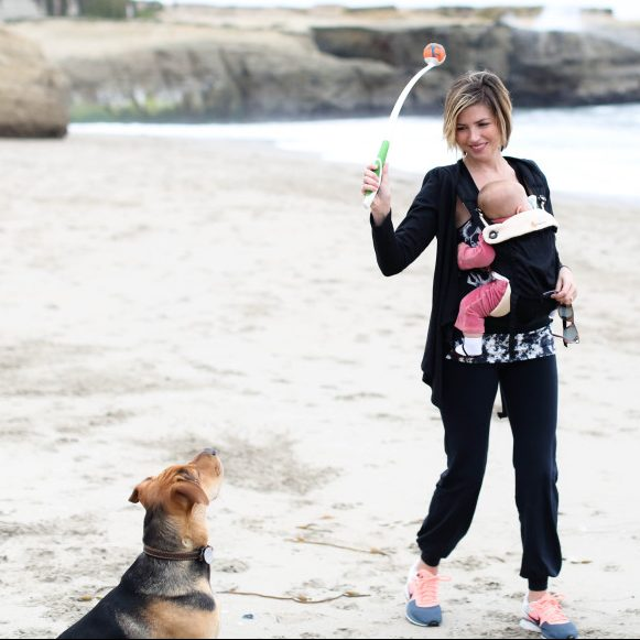 Mommas gone city with #evieandtheo in Belabumbum activewear.