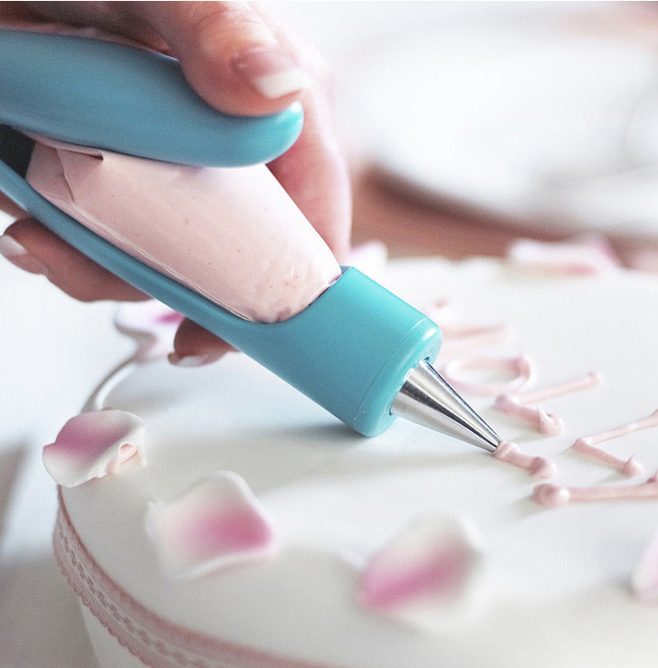 Cake Decorating Icing Pen - The Best baking tool!