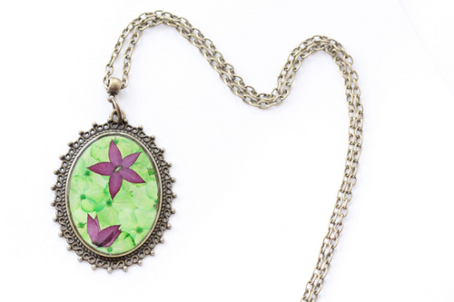 Pressed Flower Necklace - Green Hydrangeas