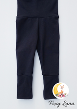 Load image into Gallery viewer, Grow With Me Leggings in Navy (Size 3-6T)
