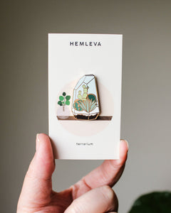 (Seconds Sale) Terrarium Enamel Pin