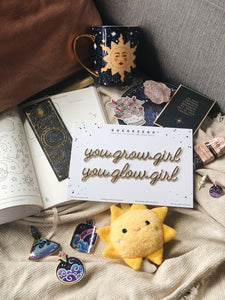 Self-Adhesive Quote - you grow girl you glow girl