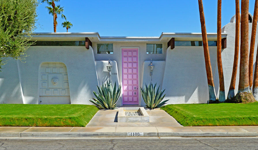 That Pink Door Palm Springs | @beautiepaint