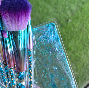 Cactus Flower Makeup Brush Set closeup of bag type