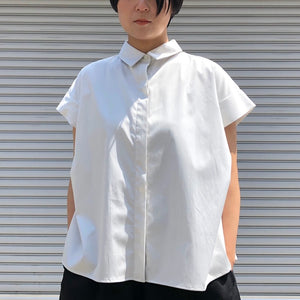 -〔WOMEN'S〕-  WHYTO ホワイト  TUCK SLEEVES BLOUSE