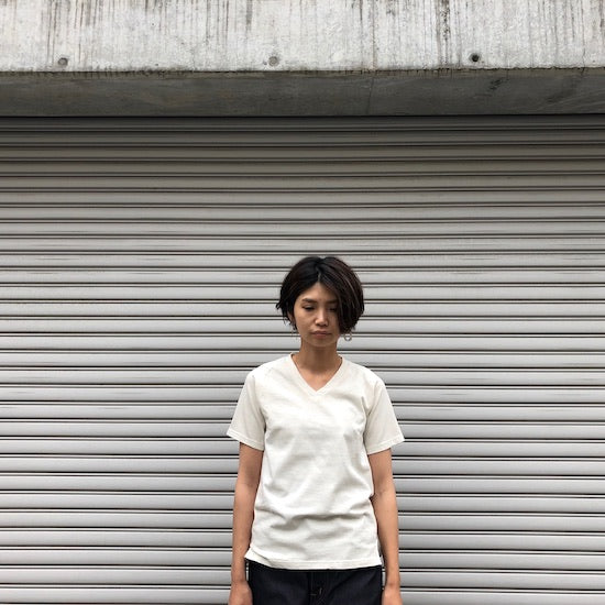 -〔WOMEN'S〕-  Nigel Cabourn ナイジェル ケーボン  V NECK T SHIRT