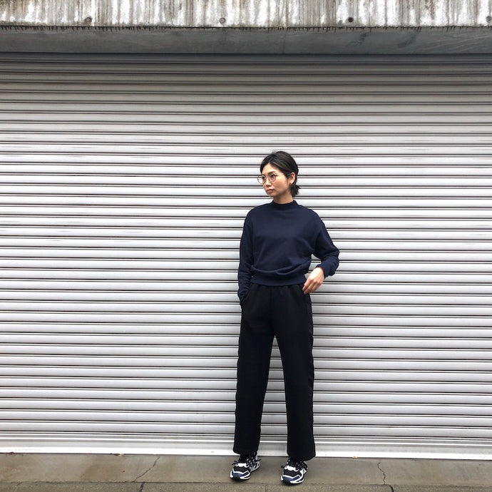 -〔WOMEN'S〕-  WHITE MOUNTAINEERING ホワイトマウンテニアリング  SIDE CONTRASTED SWEAT PANTS