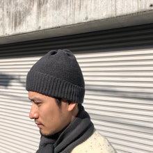 画像をギャラリービューアに読み込む, -〔MEN'S〕〔WOMEN'S〕-  HIGHLAND 2000 ハイランド2000  ・KNIT MUFFLER  ・RED CROSS KNIT CAP  ・KNIT MITTEN