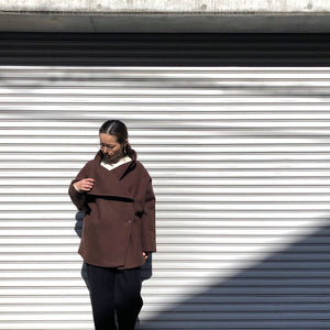 -〔WOMEN'S〕-  Kha:ki カーキ  OVER FORM SHORT COAT