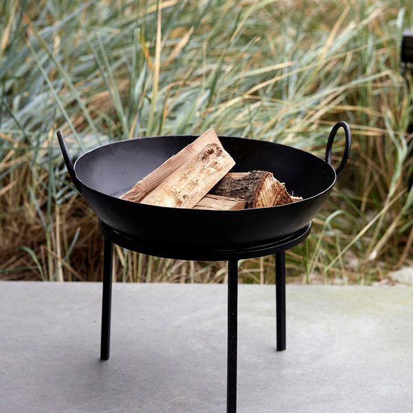 cast iron fire bowl on stand