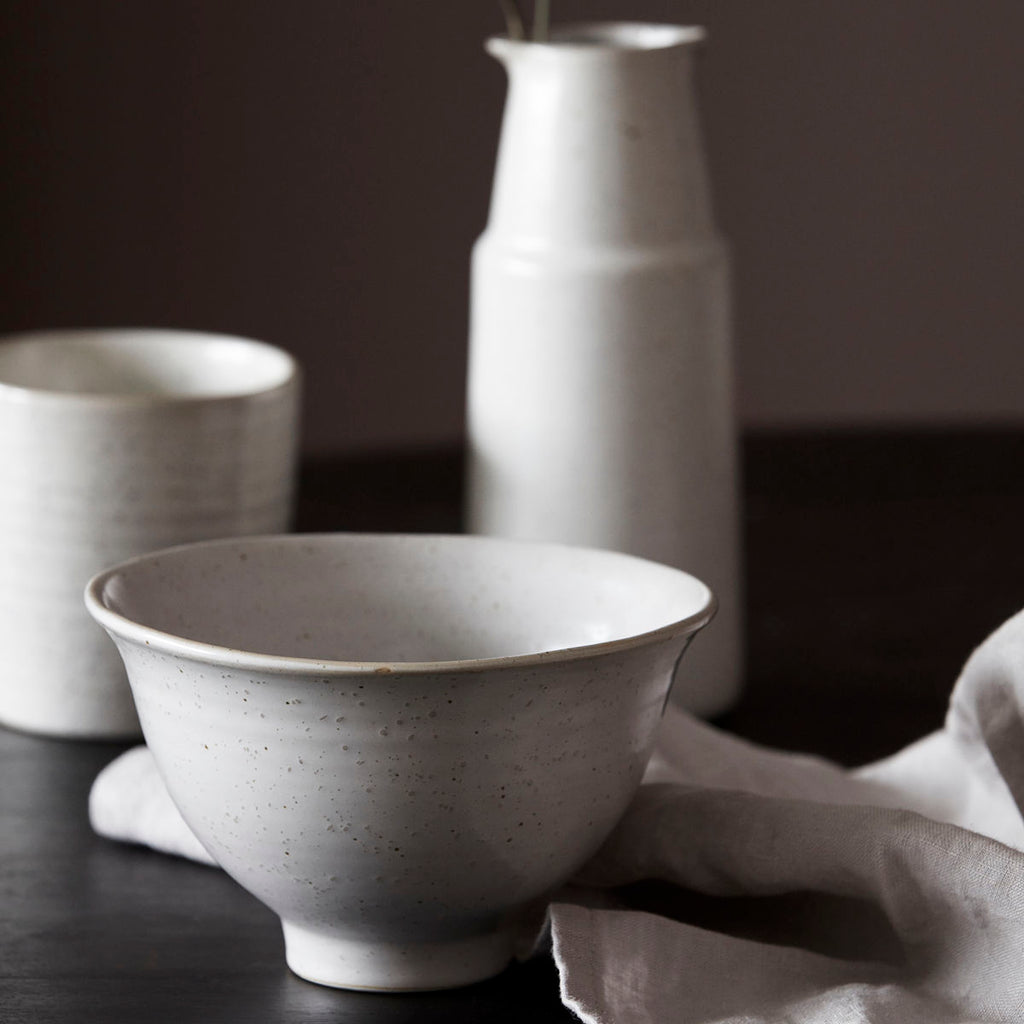 Pion white and grey fleck bowls
