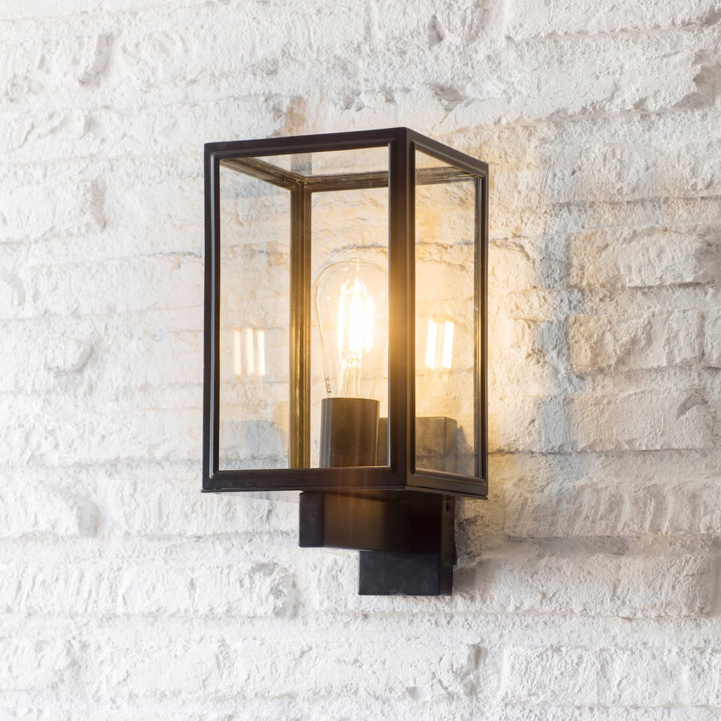 Belgrave Carriage Light by Garden Trading