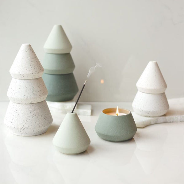 ceramic christmas candle with 3 stone pots