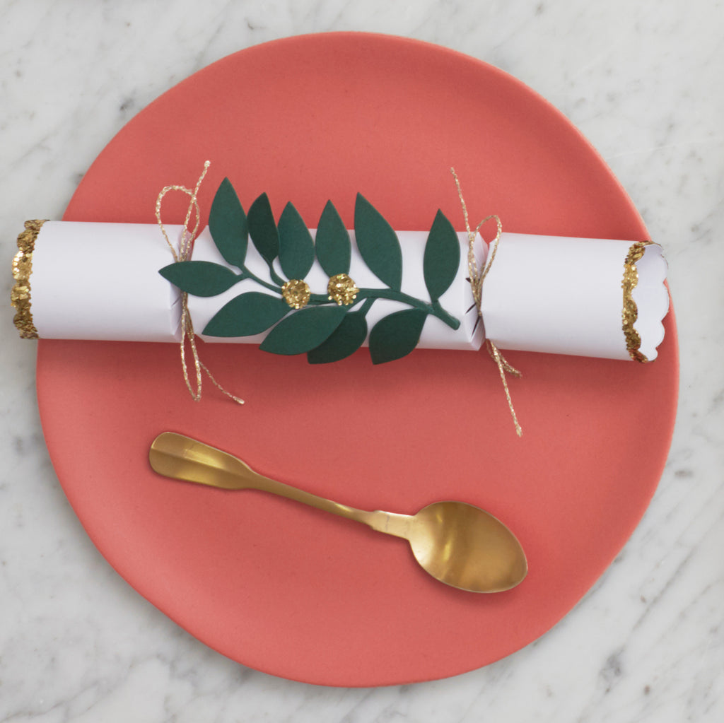 mistletoe Christmas crackers