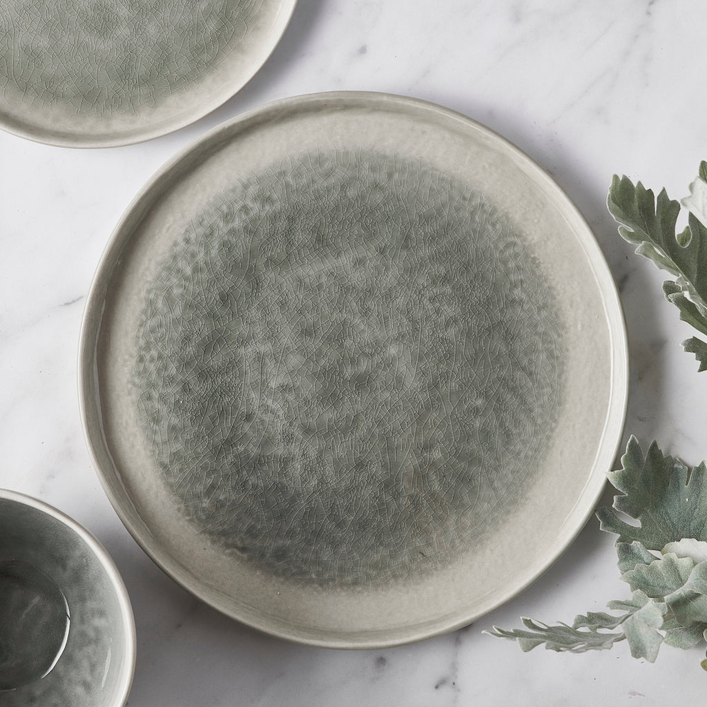 grey porcelain dinner plate by Pomax
