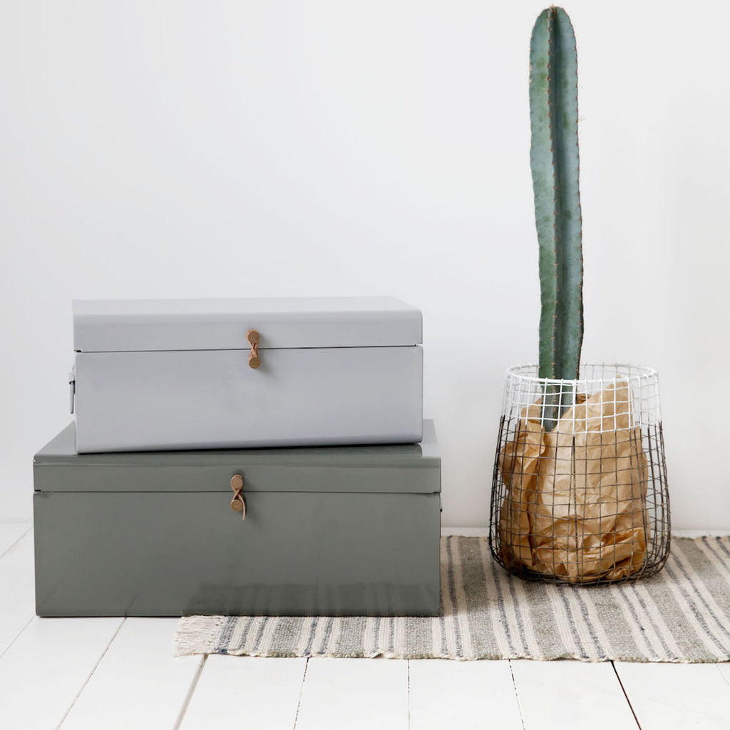 Metal storage trunk in grey and army green