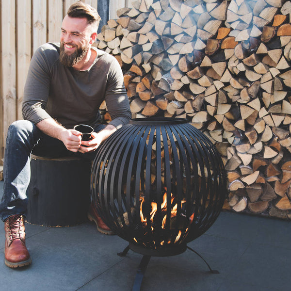 fire bowl cast iron in black
