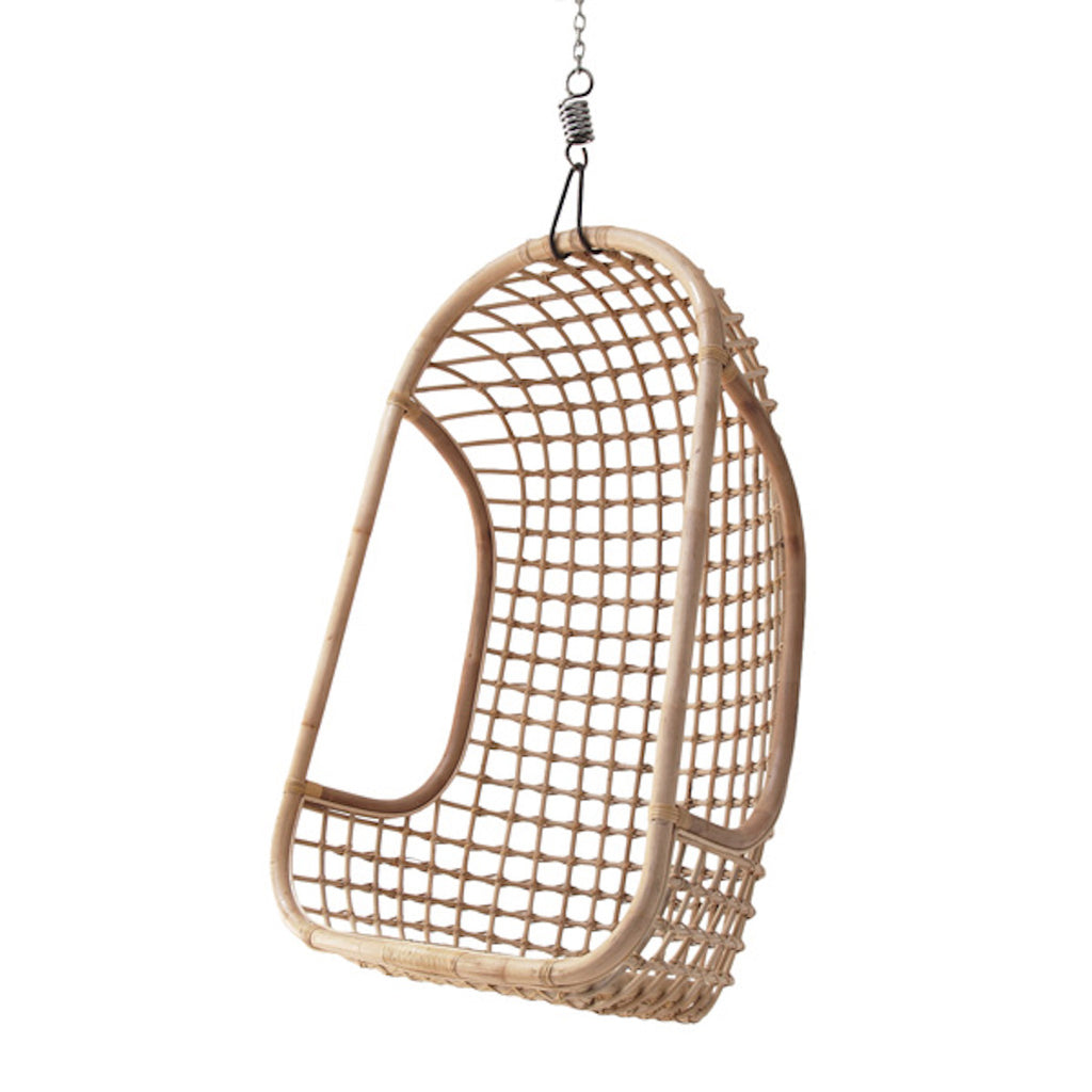 hanging egg shape chair in rattan
